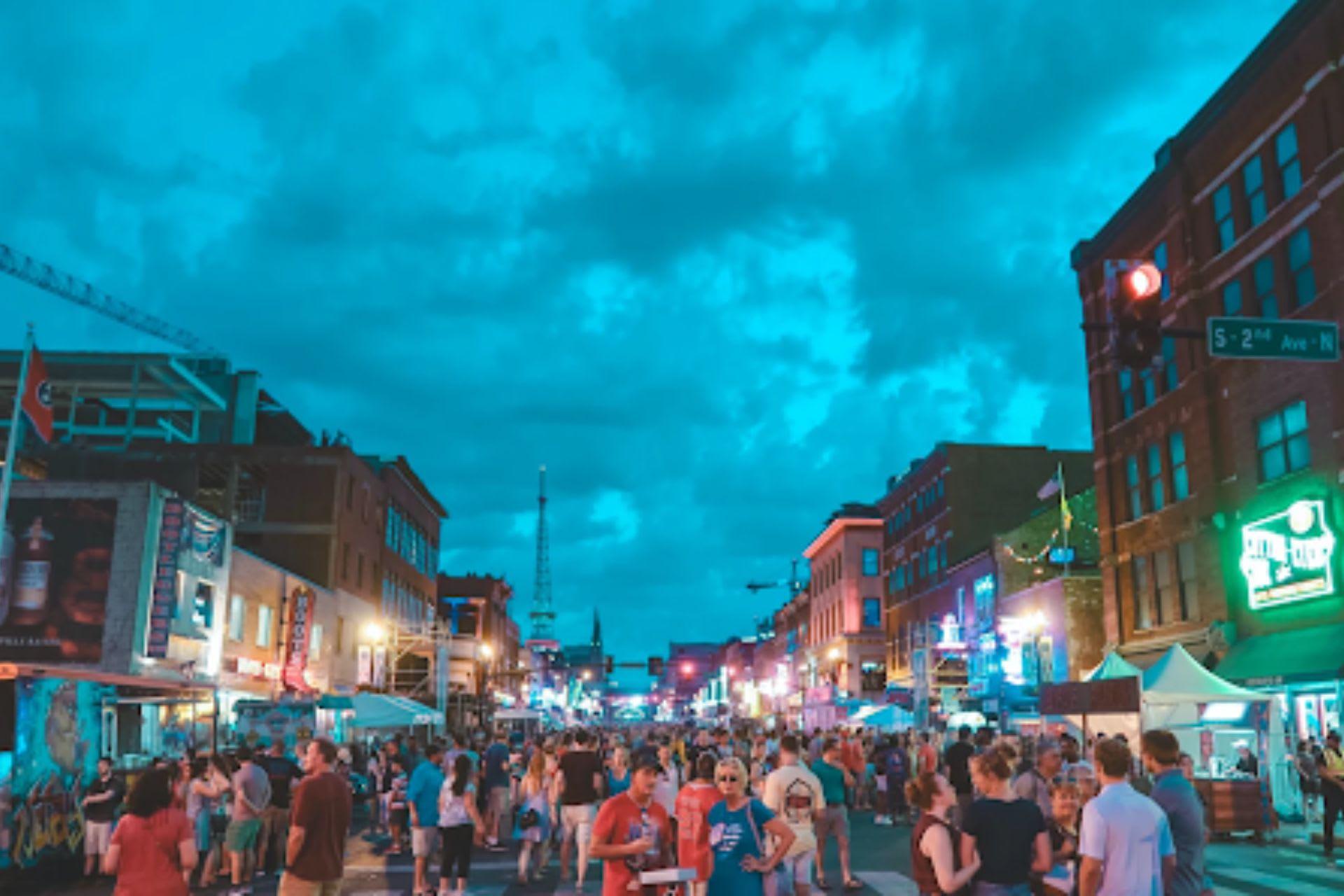 17 Date-Night Destinations in Nashville