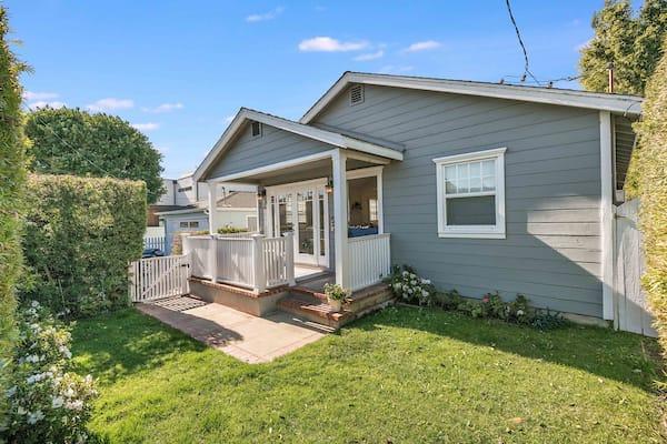 3613 Oak Ave