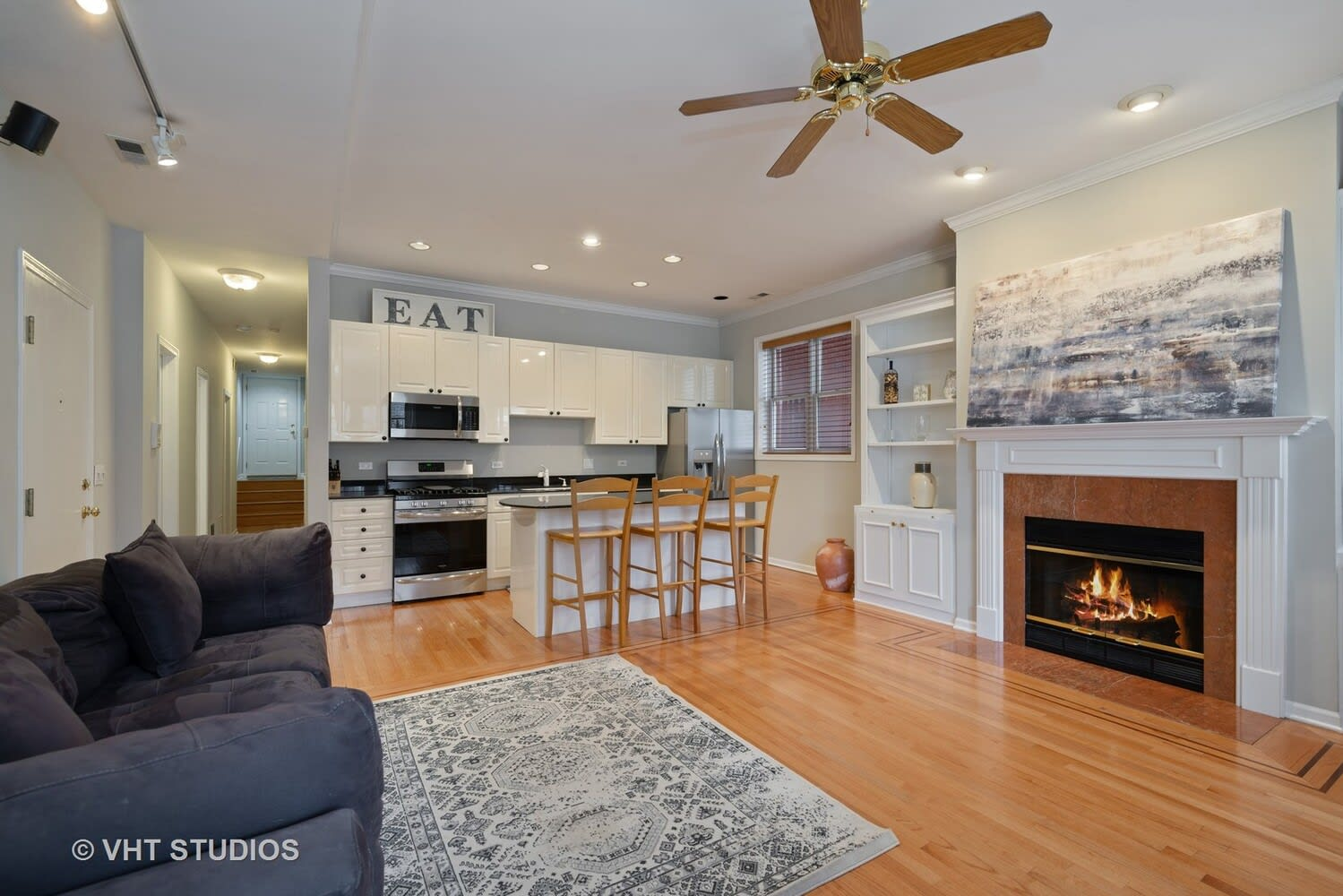 2533 N Halsted St, #1S photo