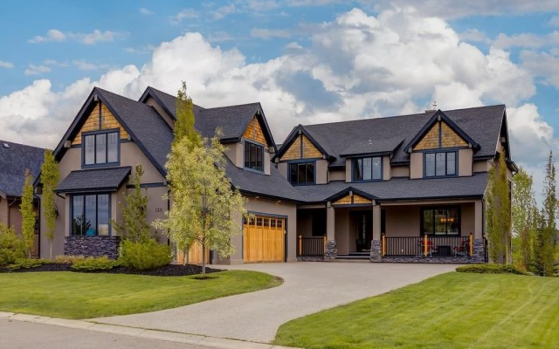 144 Glyde Park DREAM HOME ELBOW VALLEY WEST video preview