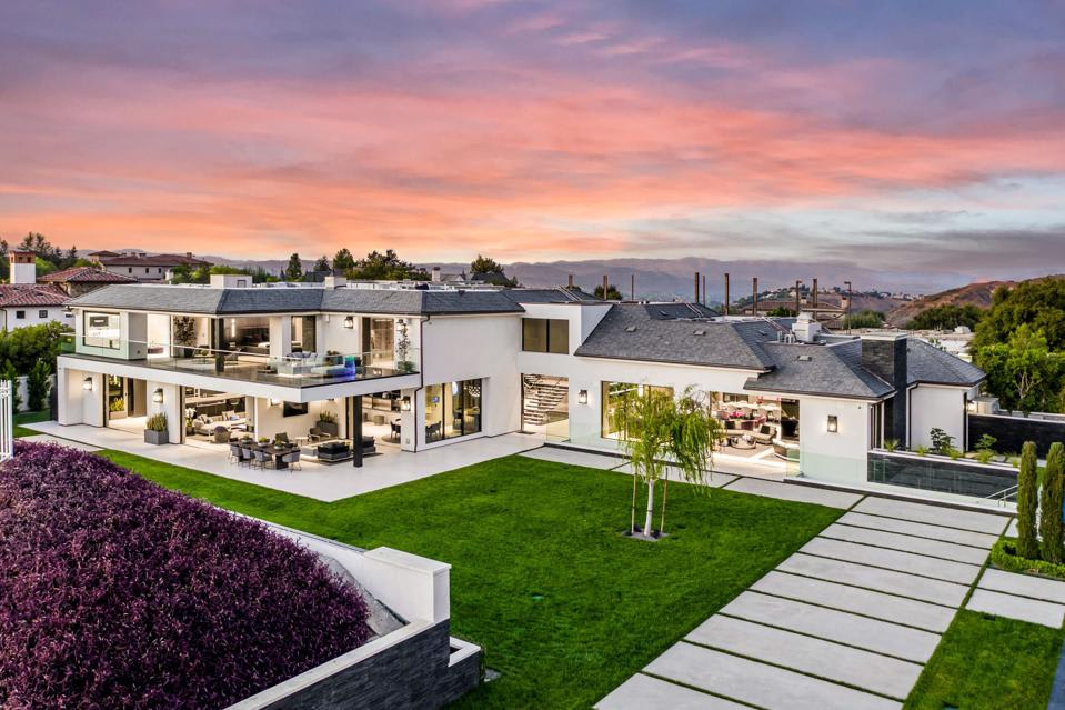 $30 Million Calabasas Deal Smashes Record Set By Khloé Kardashian For Most Expensive Home Sold In The San Fernando Va...