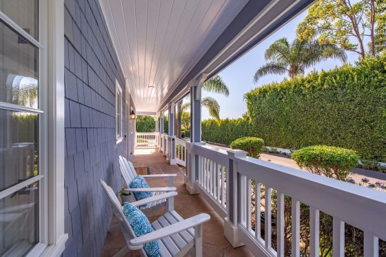 Easy Breezy | 5 Homes with Delightful Front Porches