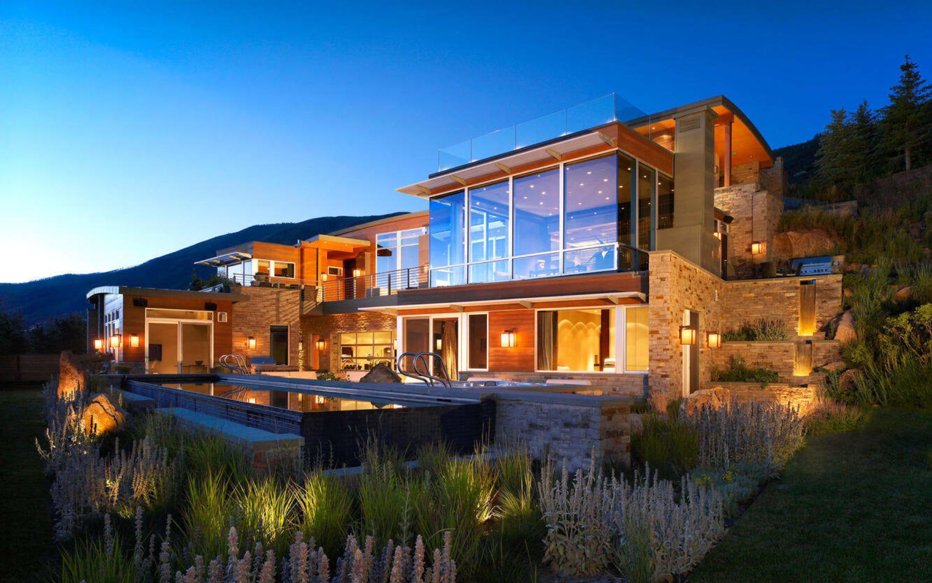 Ways to Invest in Aspen Real Estate