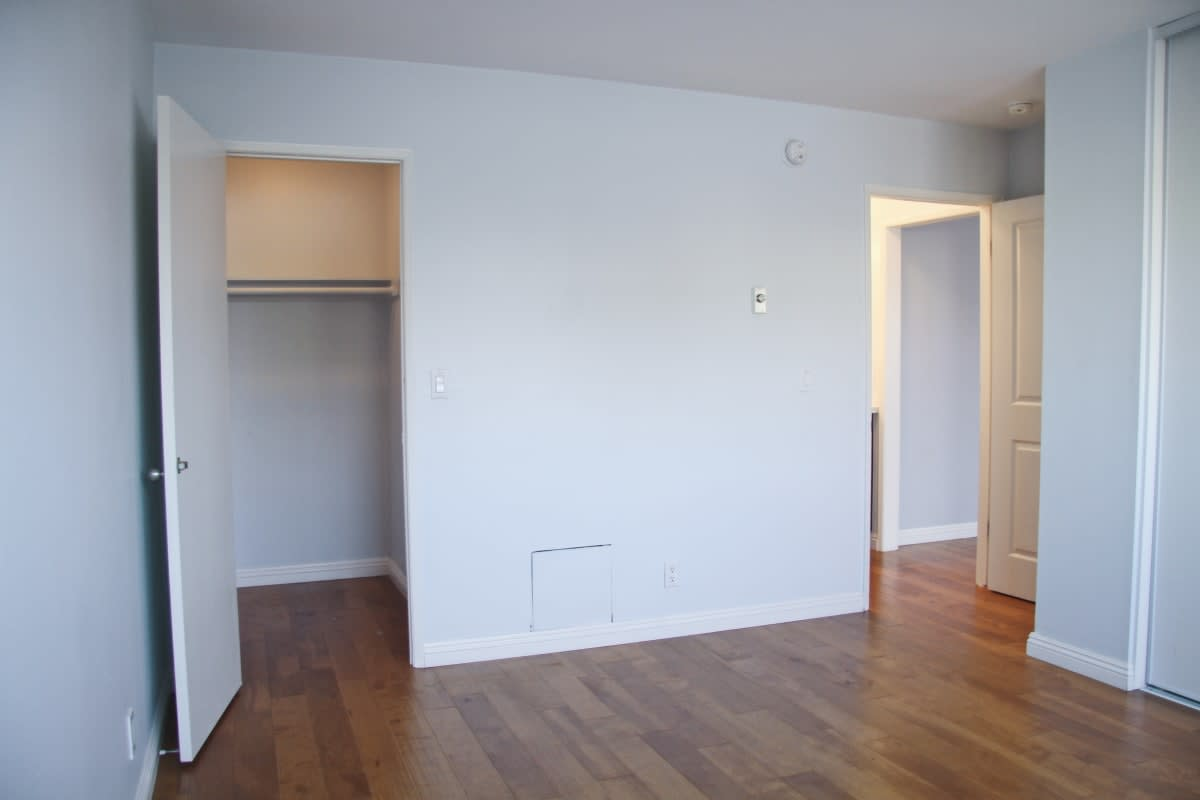 525 N SYCAMORE AVE # 322 photo