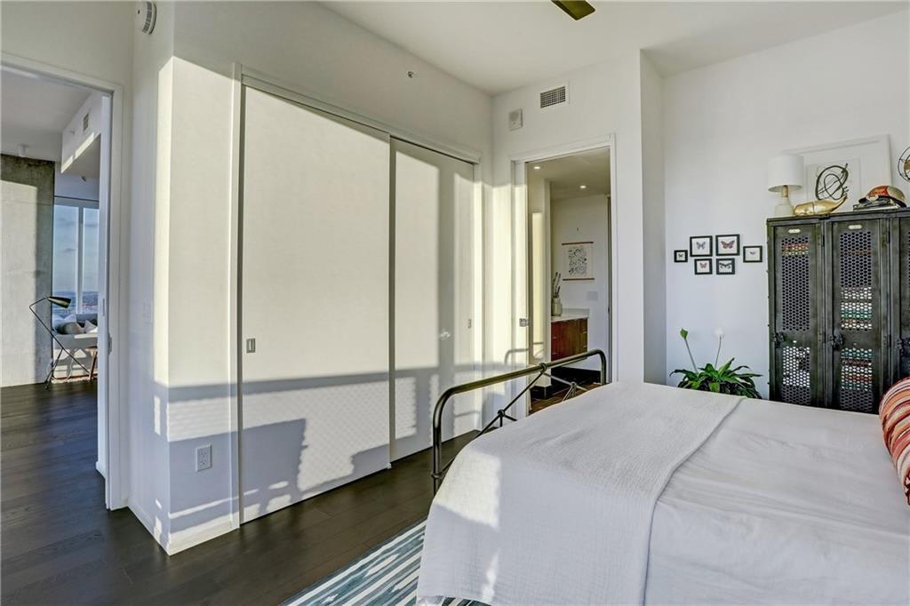 301 West Avenue 4001 photo