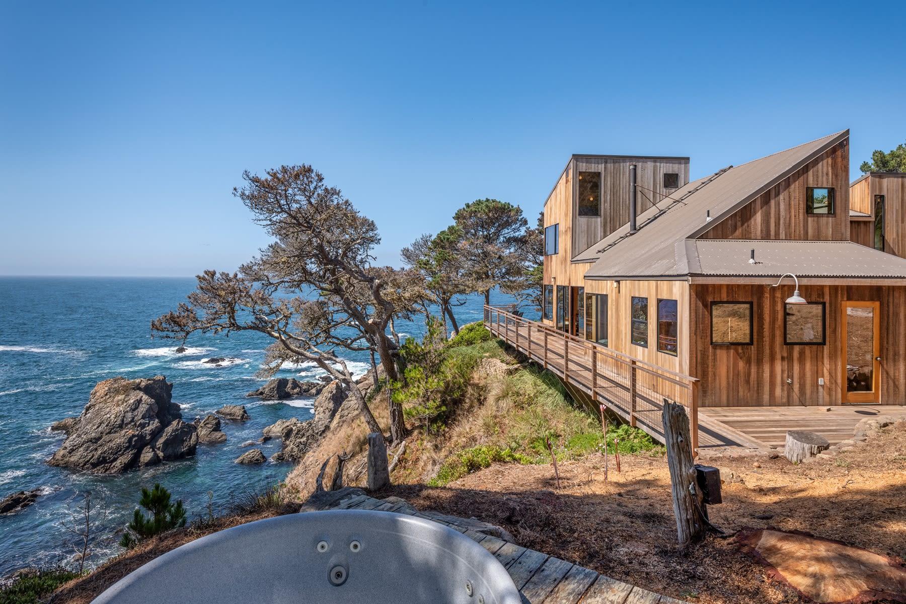 Peek Inside Iconic Sea Ranch Property