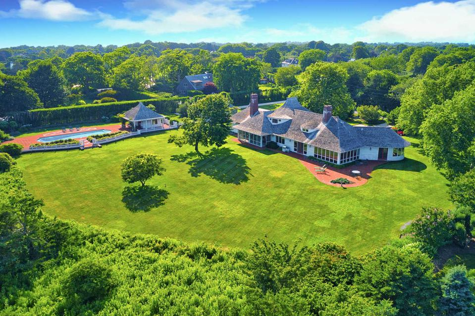 $14 Million Bridgehampton Estate Listed For First Time Since The 1800s