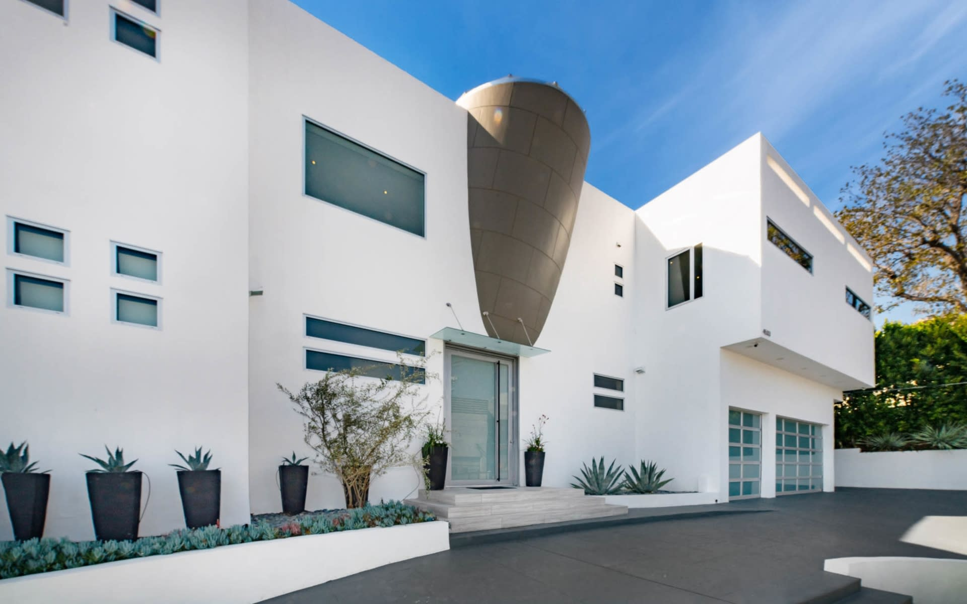 Meticulously Crafted Architectural Gem