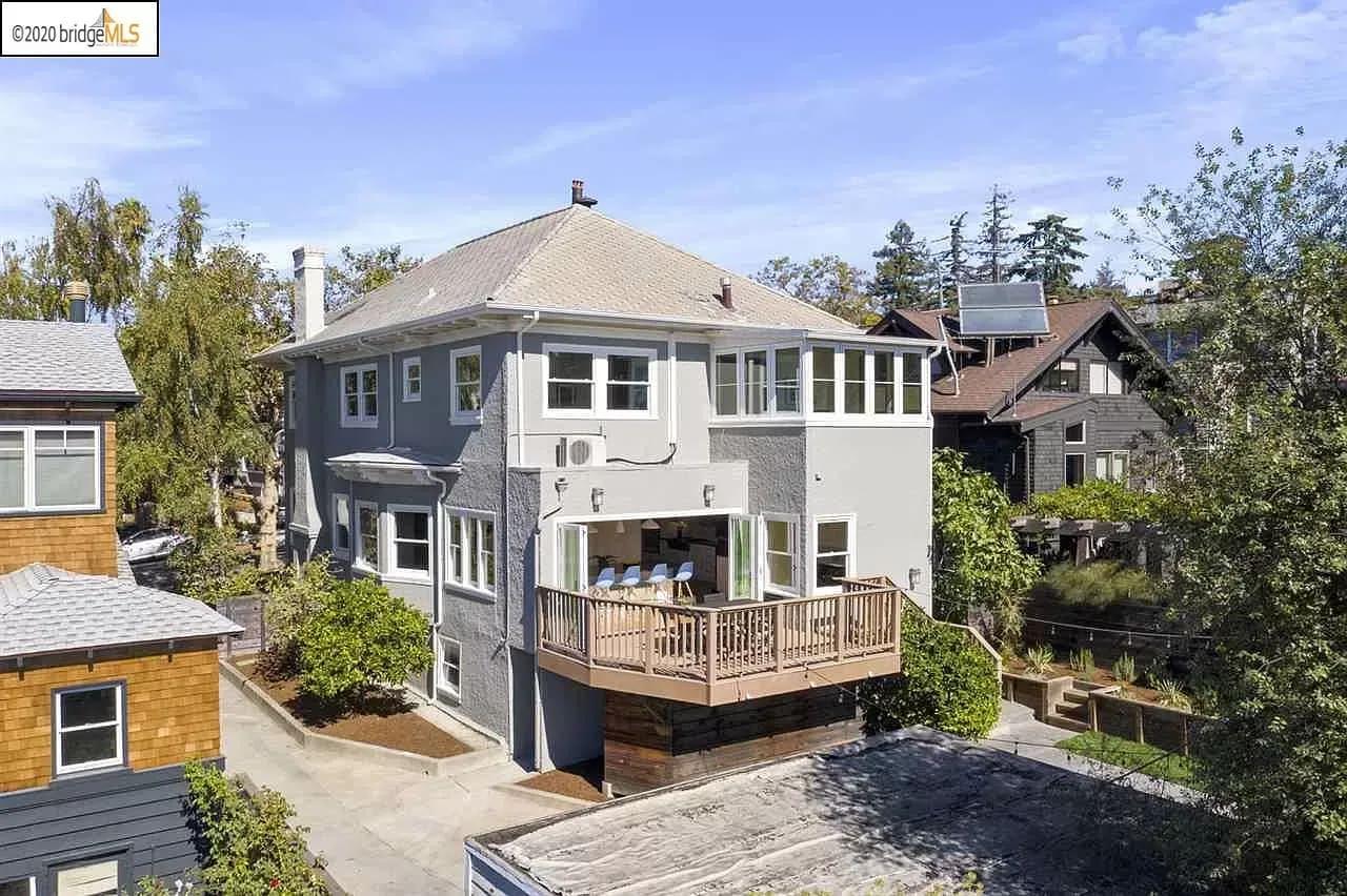 5837 Ocean View Drive