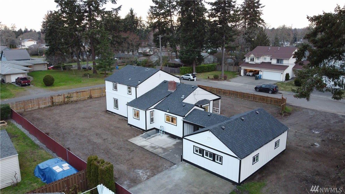 Modern Farmhouse photo