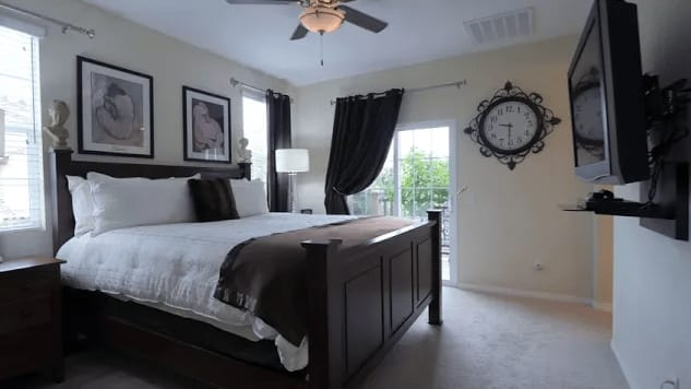 Stunning Valencia Townhome in newer West Creek area video preview