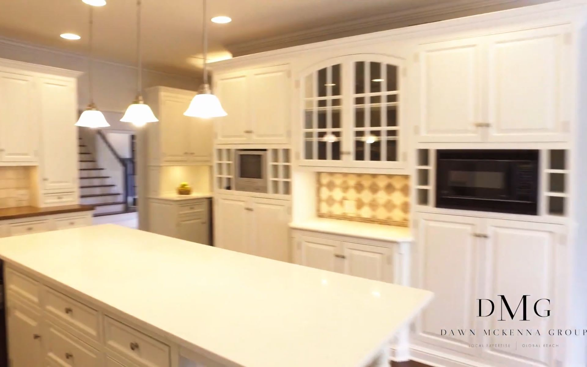 656 EAST 6TH STREET, HINSDALE, IL DAWN MCKENNA GROUP video preview