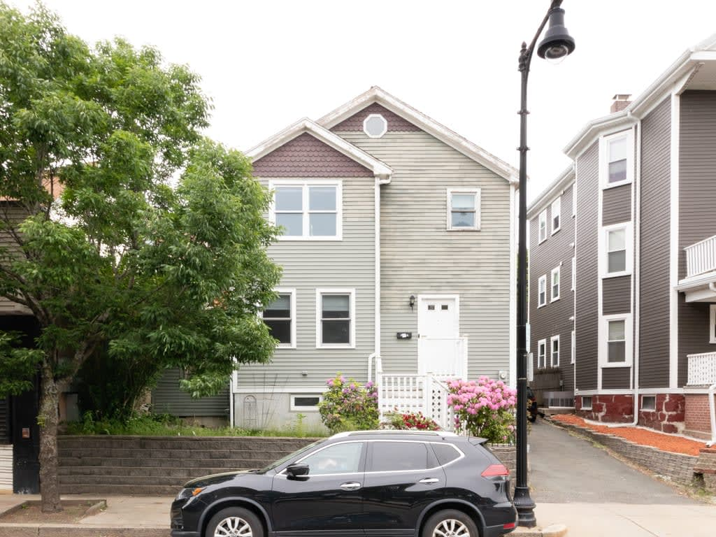 Coming Soon Forest Hills 3 Bedroom Single Family Home photo