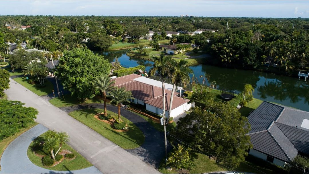 Delightful Waterfront Home | 7400 SW 109 Terrace, Pinecrest video preview