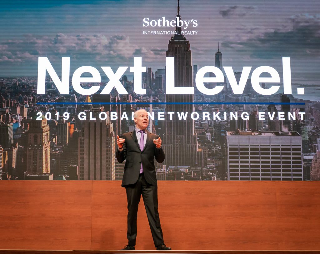 Sotheby's International Realty hosts more than 600 sales associates  for 2019 Level Up West Coast Networking Event