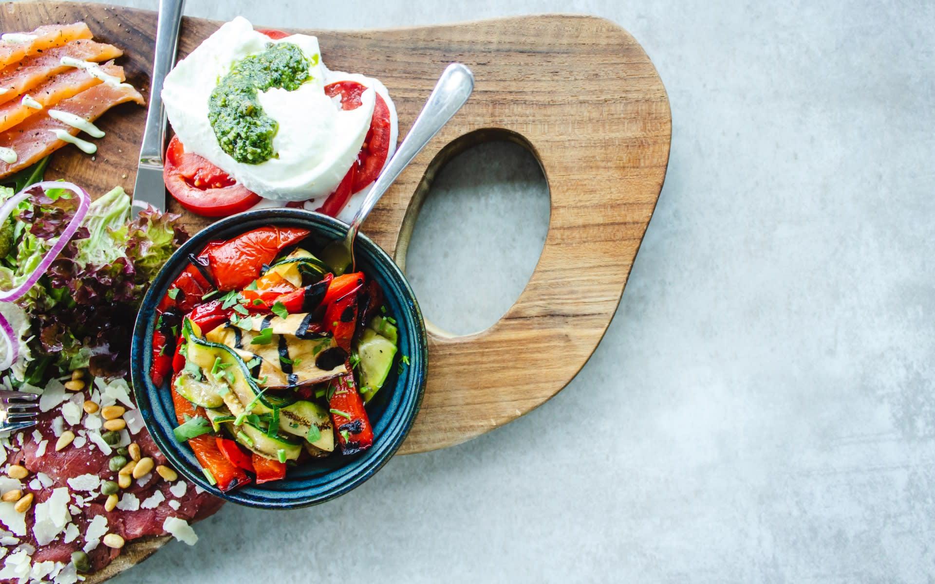 Santa Fe Farmers Market Cookbook Spring Salad Recipe
