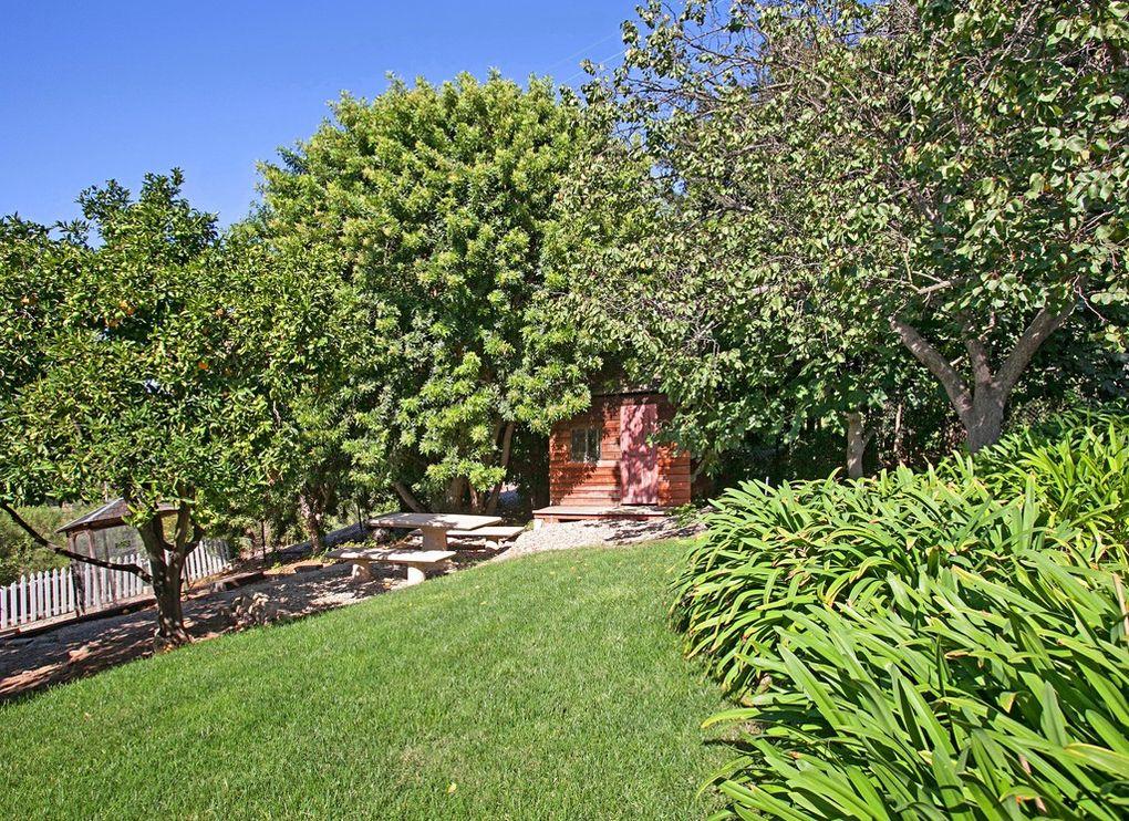 5736 Loma Verde Drive