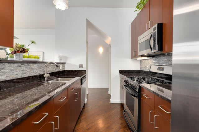 4118 N Lincoln Ave, #314 photo