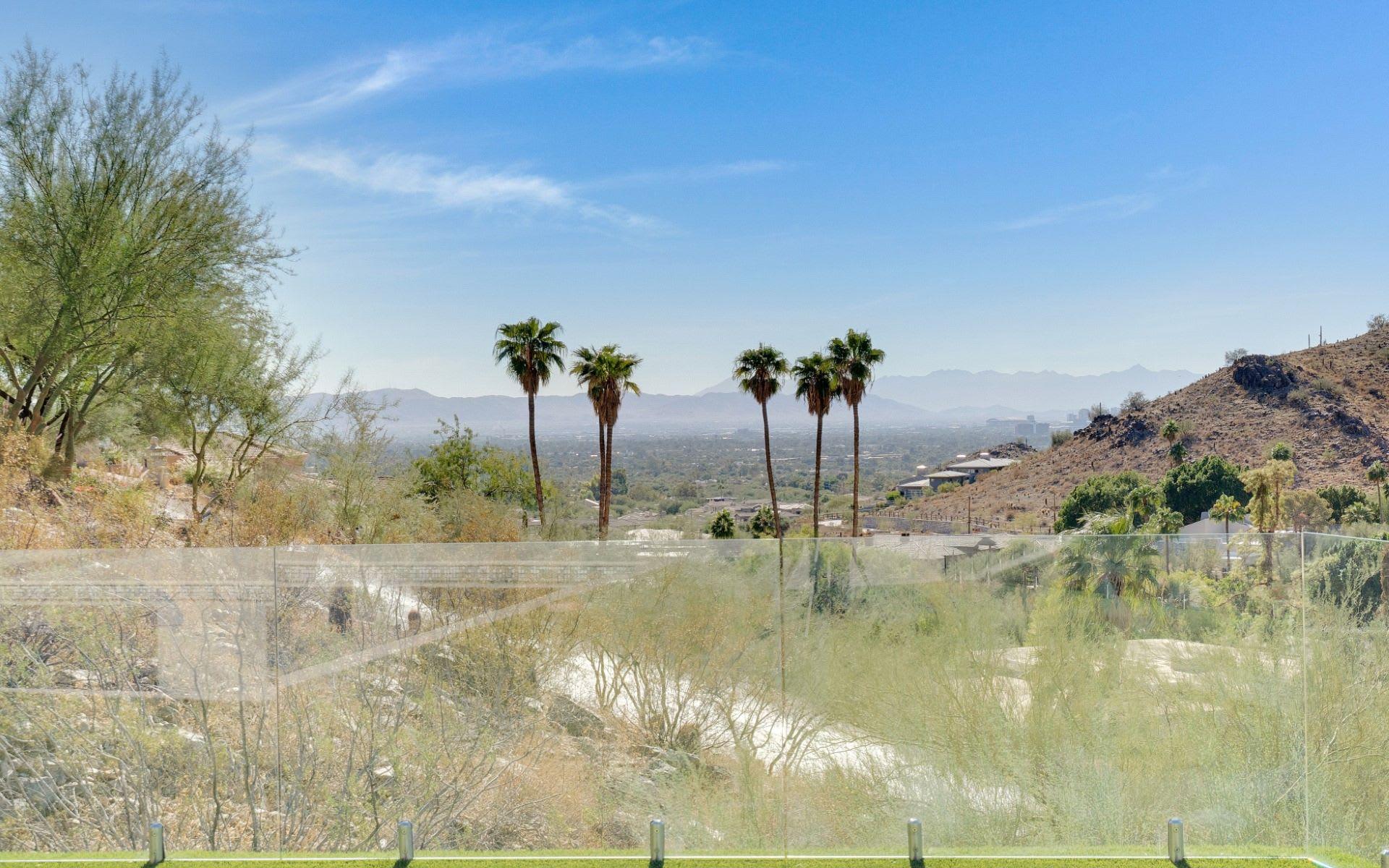 7043 N Longlook Road, Paradise Valley, AZ