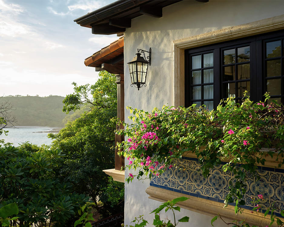 A Beachfront Home in Costa Rica Built From Treasures Collected Around the World