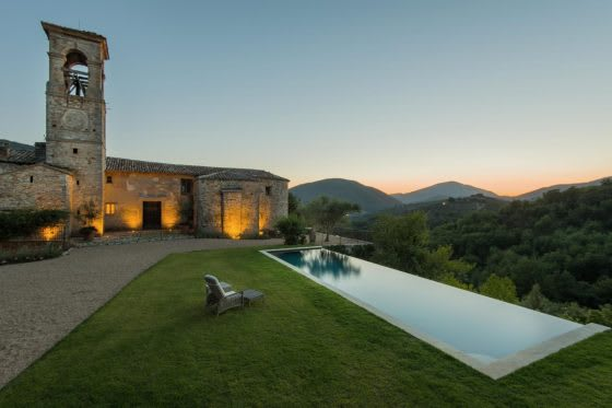 Global Getaways: Luxury Rental Market Spotlight on Italy