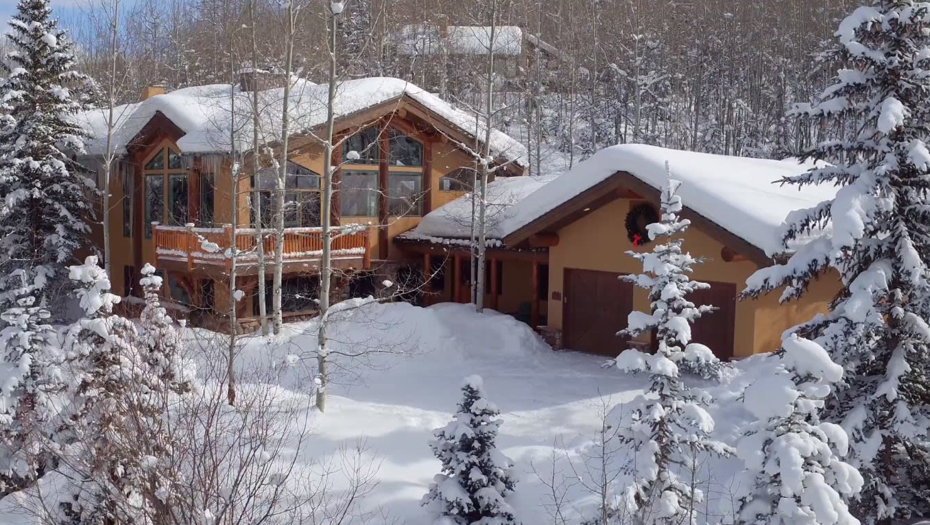 The Snowmass Chalet video preview