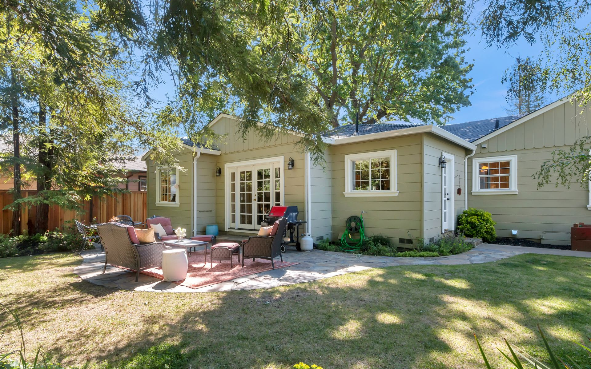 3348 Victoria Ave photo