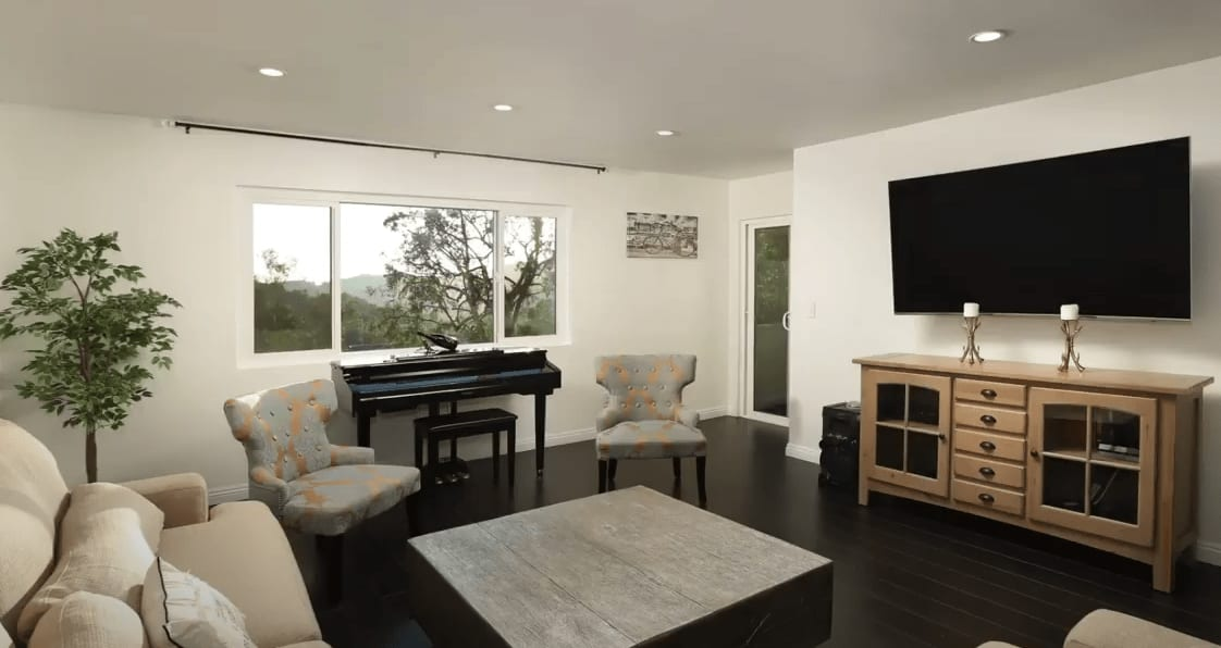 Sold by Edwin Ordubegian | Remodeled Condo in the Prime Glendale Woodlands | 1935 Alpha Rd #314 video preview
