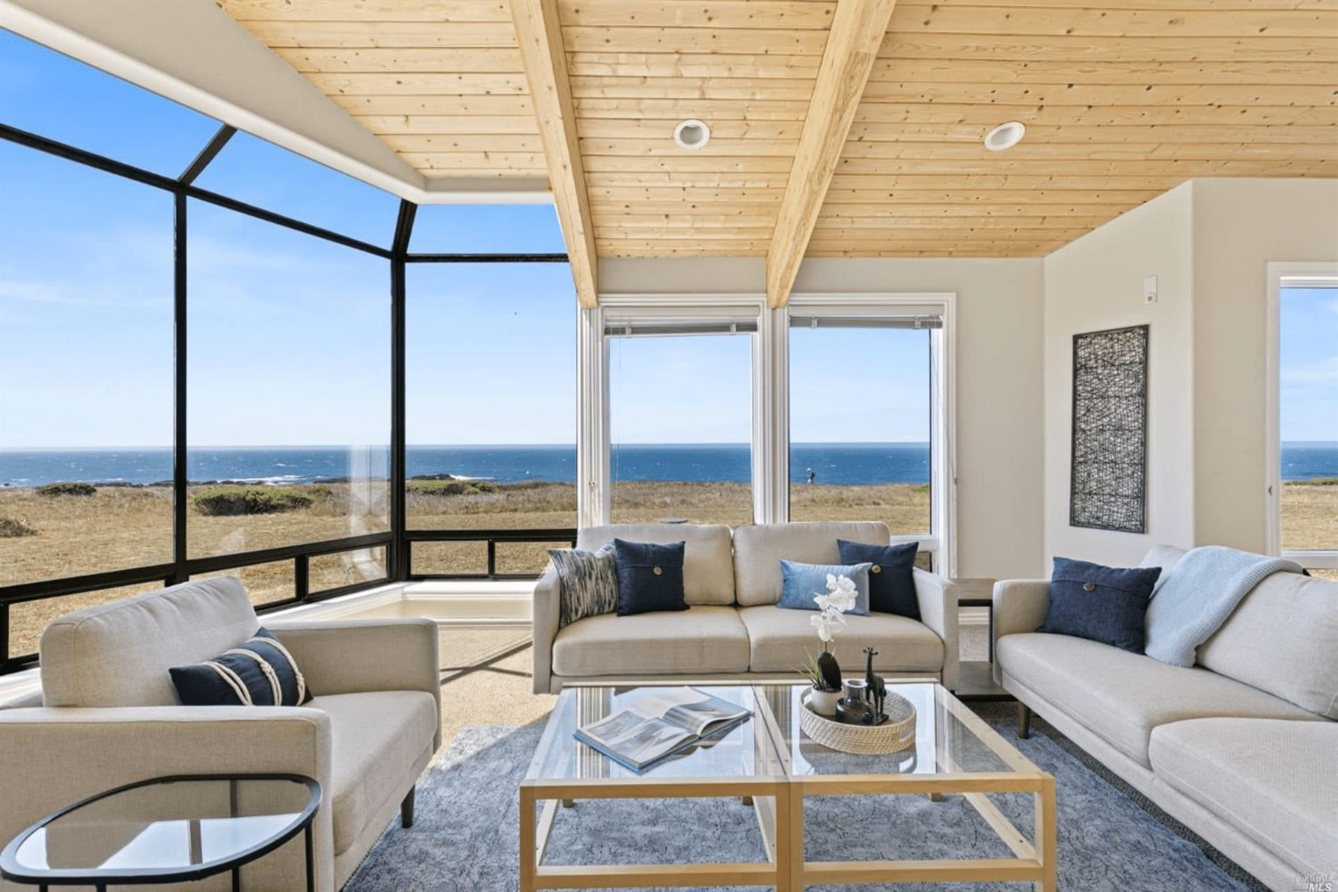 4 Ways to Market Your Coastal Home Online