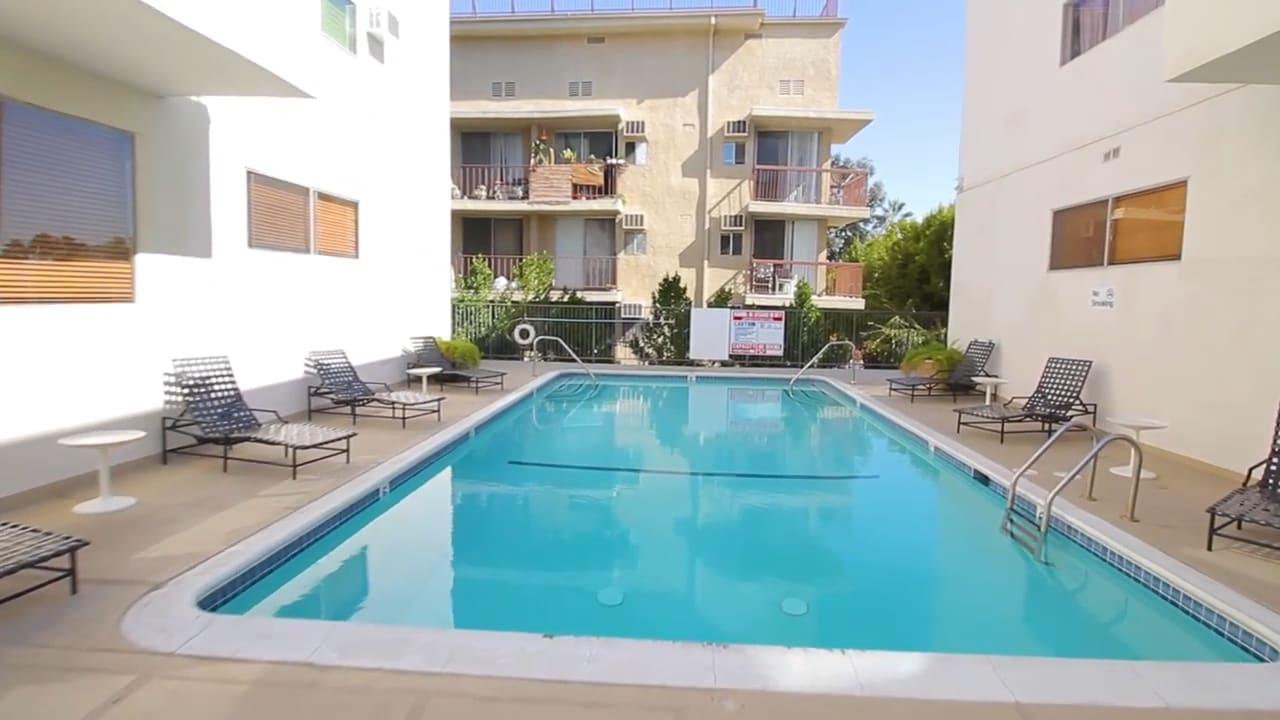 960 Larrabee Street #122   West Hollywood video preview