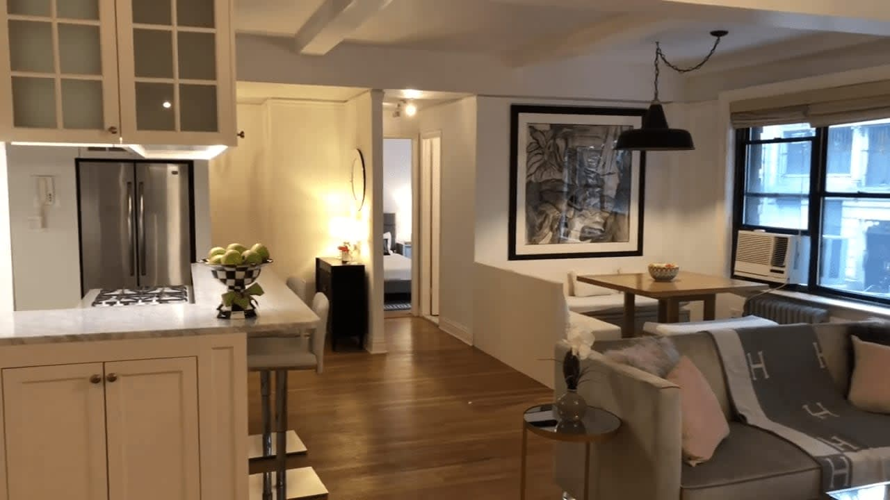 60 West 68th Street #2AB video preview