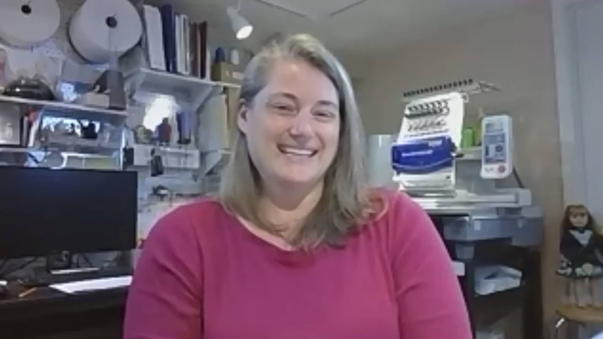 ProVIEWS with Julie Schaefer of Head To Toe Designs, Downers Grove. video preview
