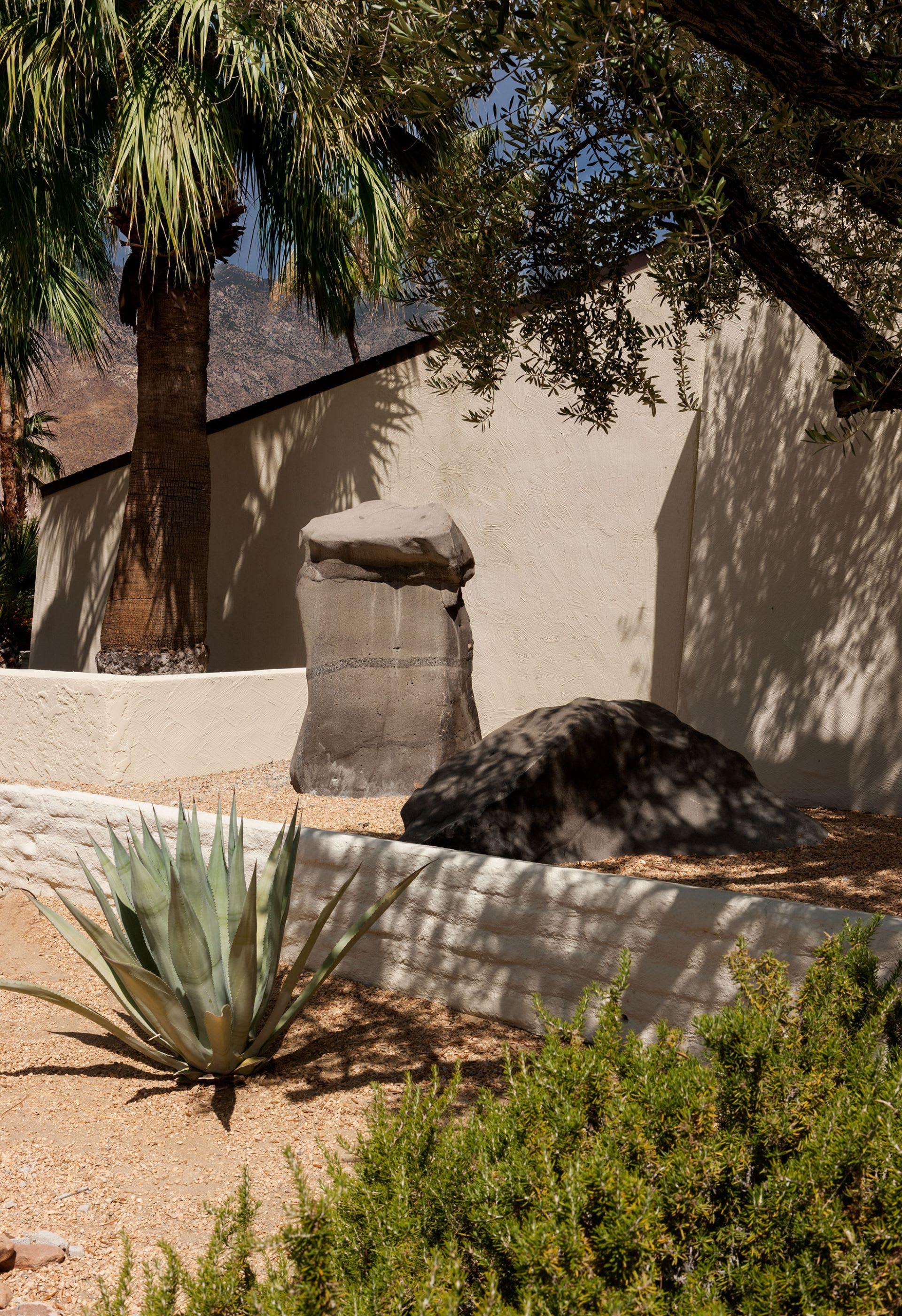 1650 Stonehedge Rd photo