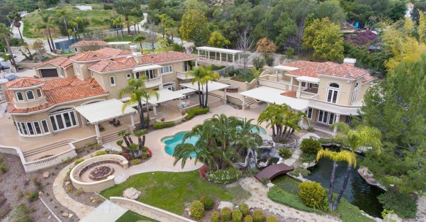 Tennis pro Michael Chang serves up Coto de Caza mansion for $8 million