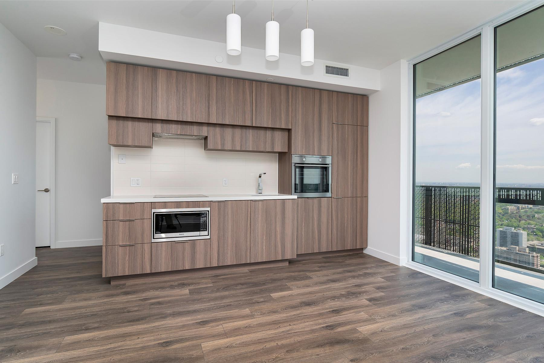 8 Eglinton Ave E Suite 4211