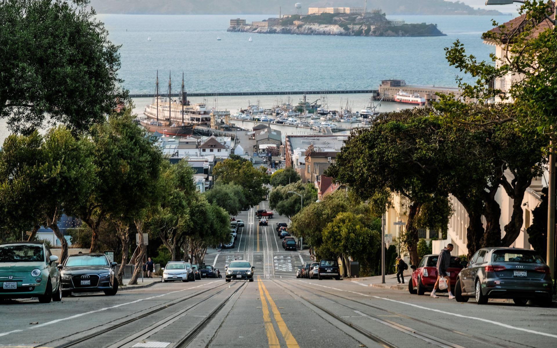 Inside an Ultra-Modern $30 Million Mansion That Overlooks the San Francisco Bay