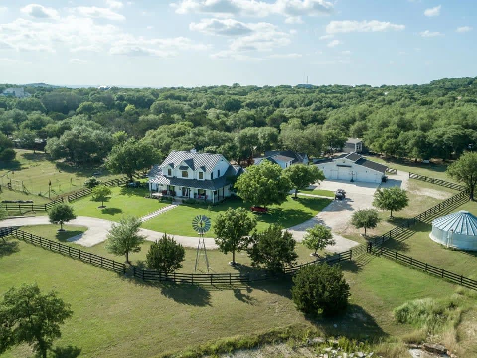 SOLD! - 206 Sundance Trail Dripping Springs, Texas ~ 25 Miles outside of Austin! video preview