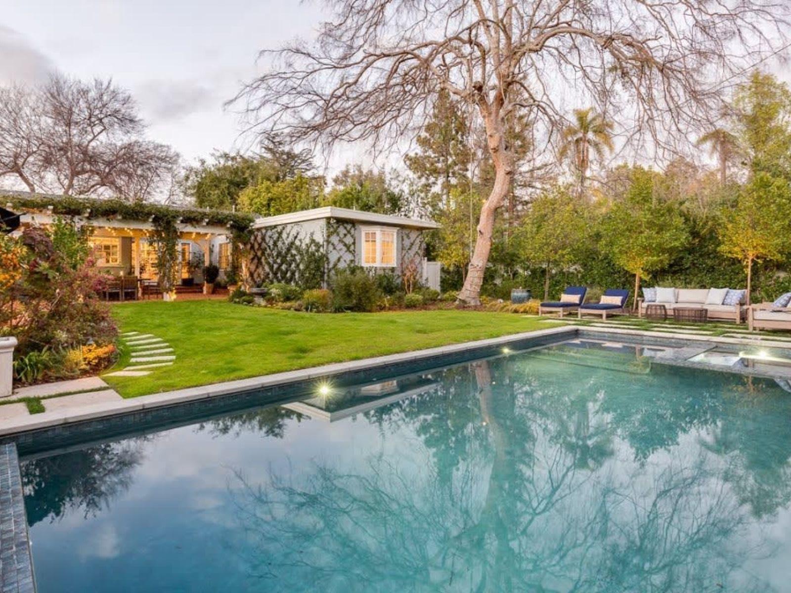 191 Sierra View Rd in Pasadena video preview