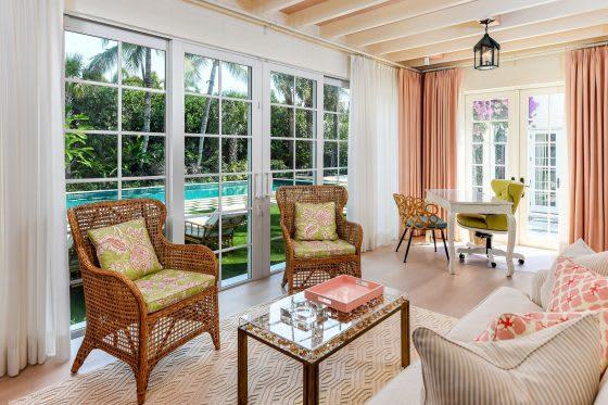 Inside a Turnkey Palm Beach Getaway