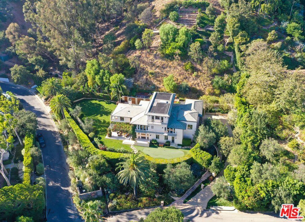 Private Riviera View Estate