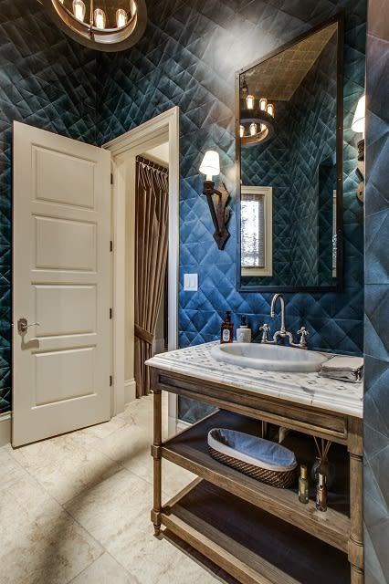 Bathroom image 4