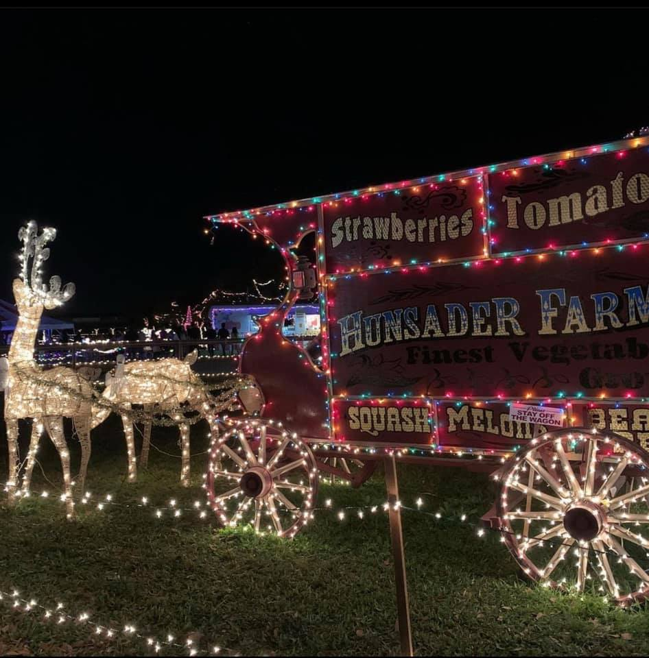 Hunsader Famrs Counrty Christmas Festival