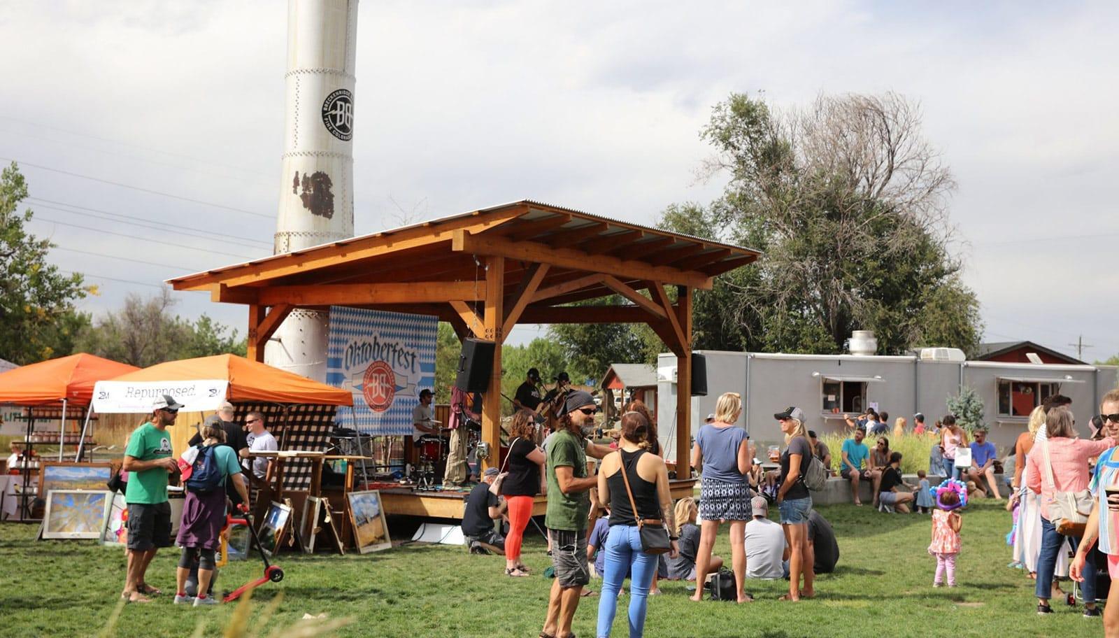 Littleton, Highlands Ranch date ideas - Breckenridge Brewery