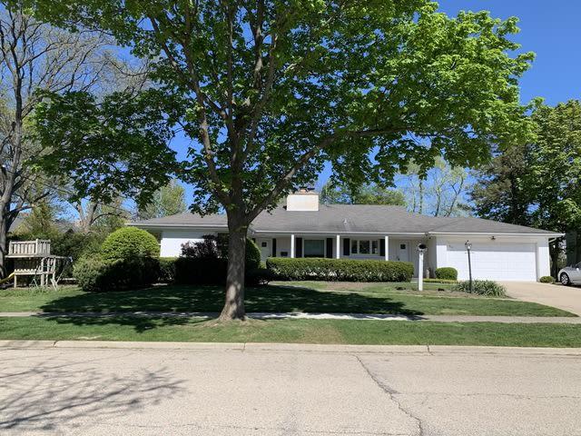 915 Windsor Road photo