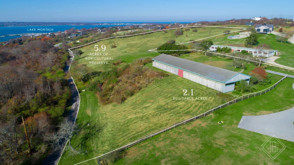 Building Opportunity with Panoramic Views of Lake Montauk and the Atlantic Ocean