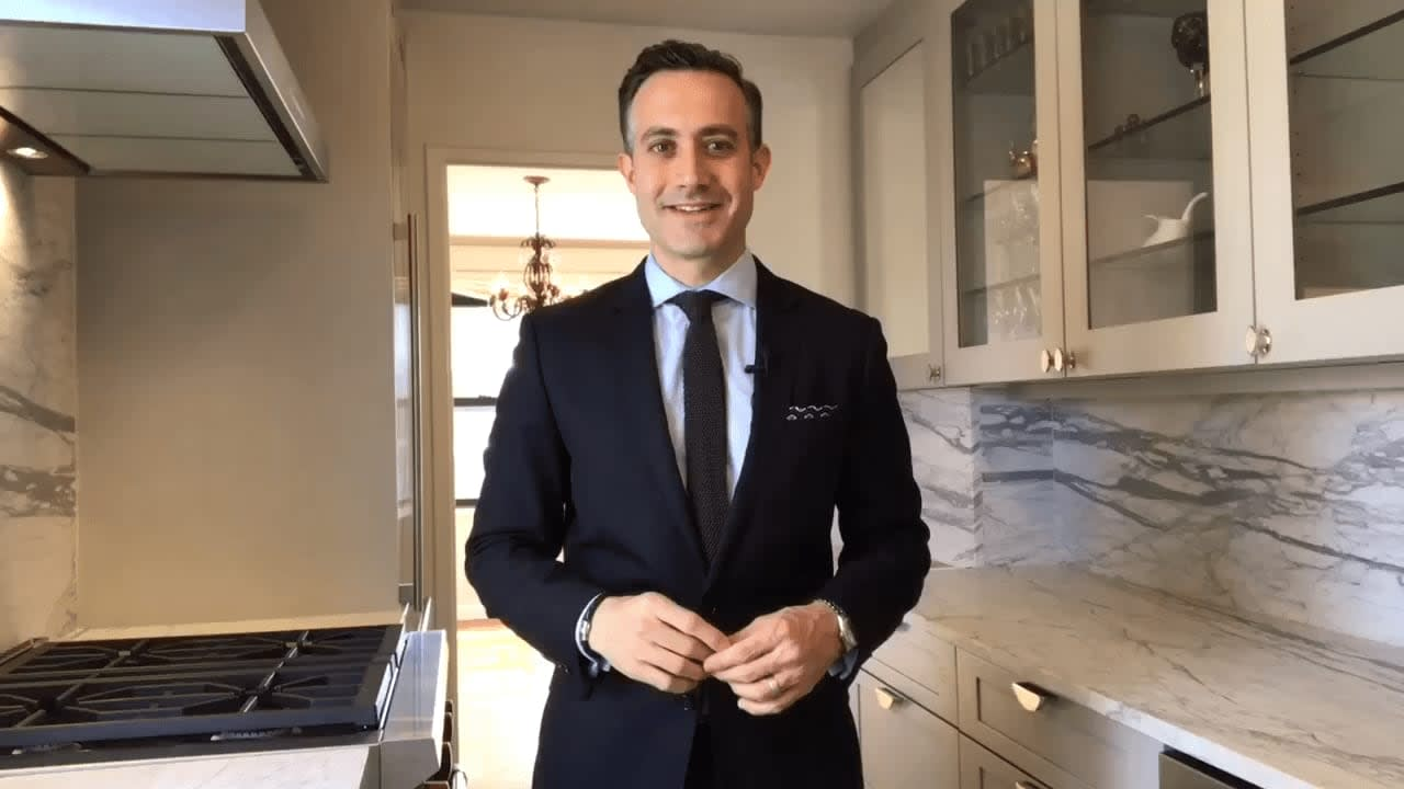 166 East 61st Street #10F video preview
