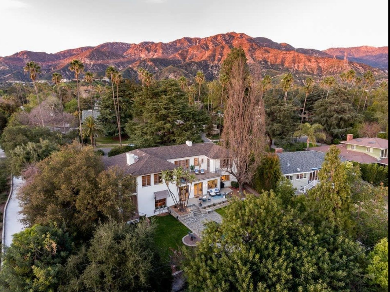 Monterey Colonial 1560 Homewood Dr| Altadena Los Angeles | House for Sale video preview