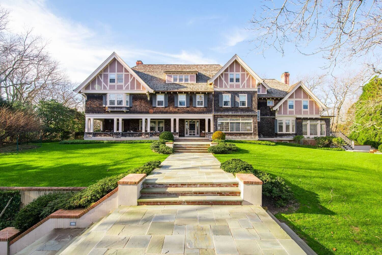 THIS EXCEPTIONAL HOME PRESERVES OVER A CENTURY OF EAST HAMPTON HISTORY
