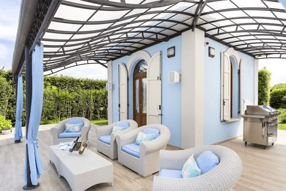 Taking It Outdoors | 5 Standout Patios to Welcome In Summer