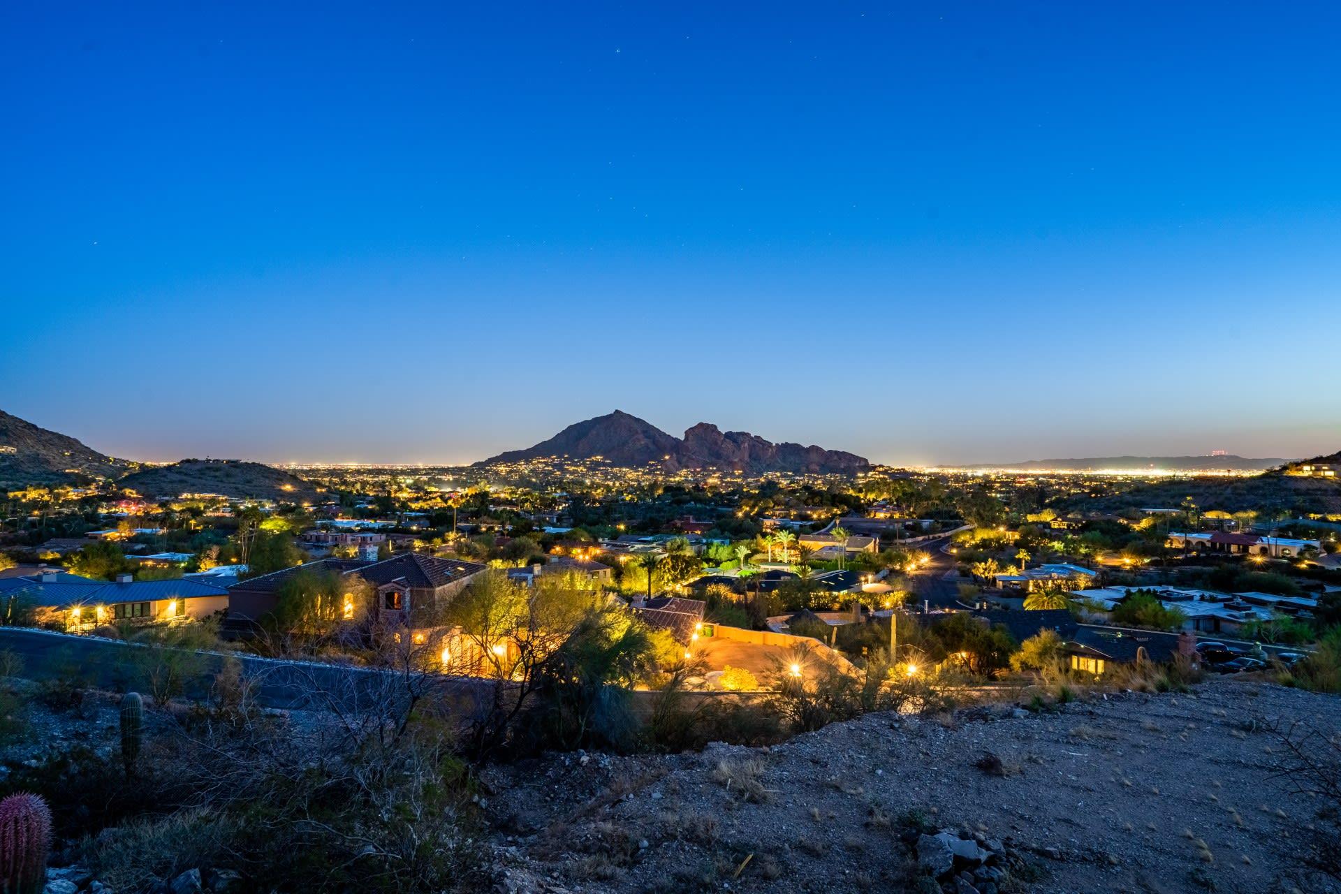 4540 E Moonlight Way, Paradise Valley, AZ